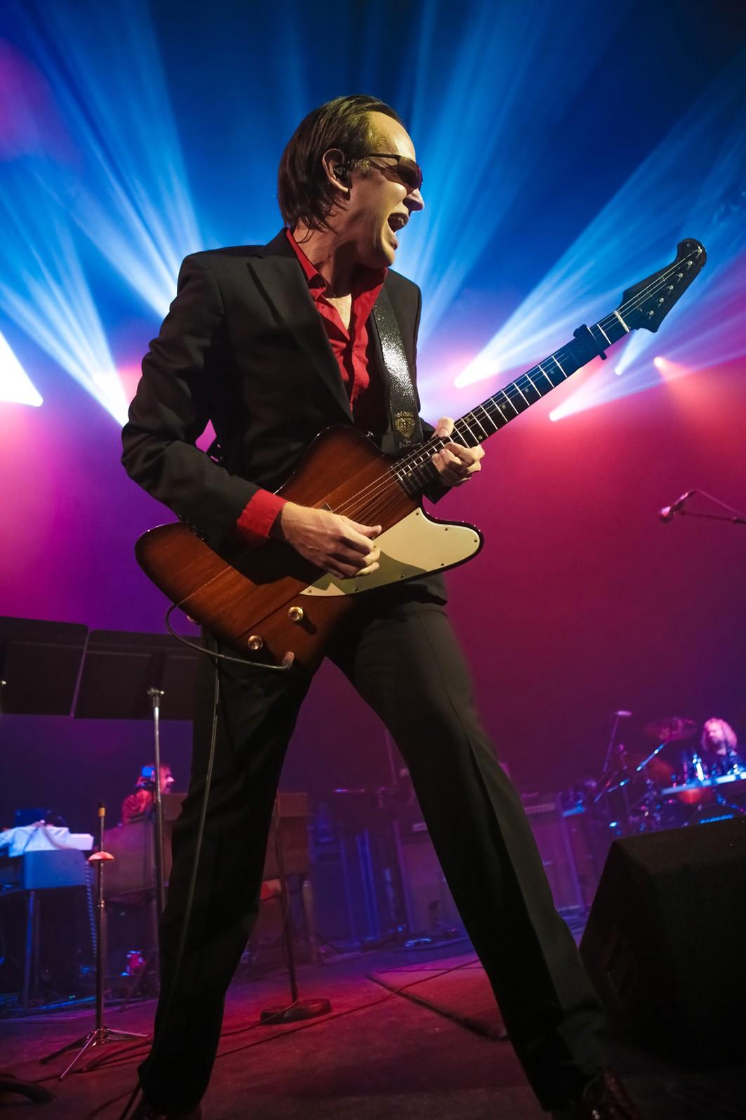 , Joe Bonamassa, Joe Satriani und weitere Rockgitarristen im Juni 2014 auf der Loreley