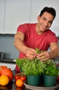 , Veggie-Guru Attila Hildmann revolutioniert die vegane Ernährung