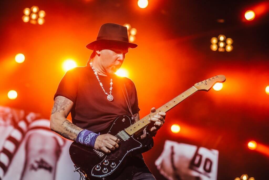 Interview: Böhse Onkelz Gitarrist Matthias Röhr spricht über seine Biografie: GONZO